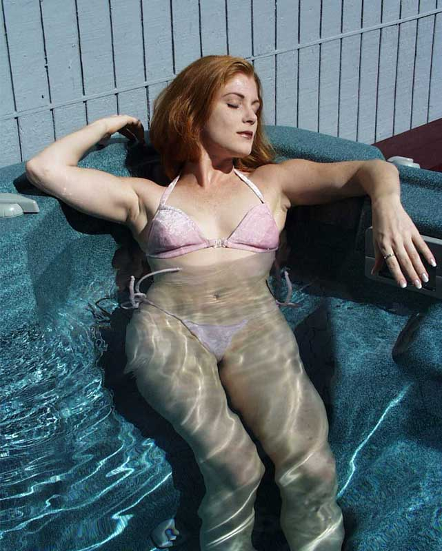 With photo of mature wife in hot tub natural woman